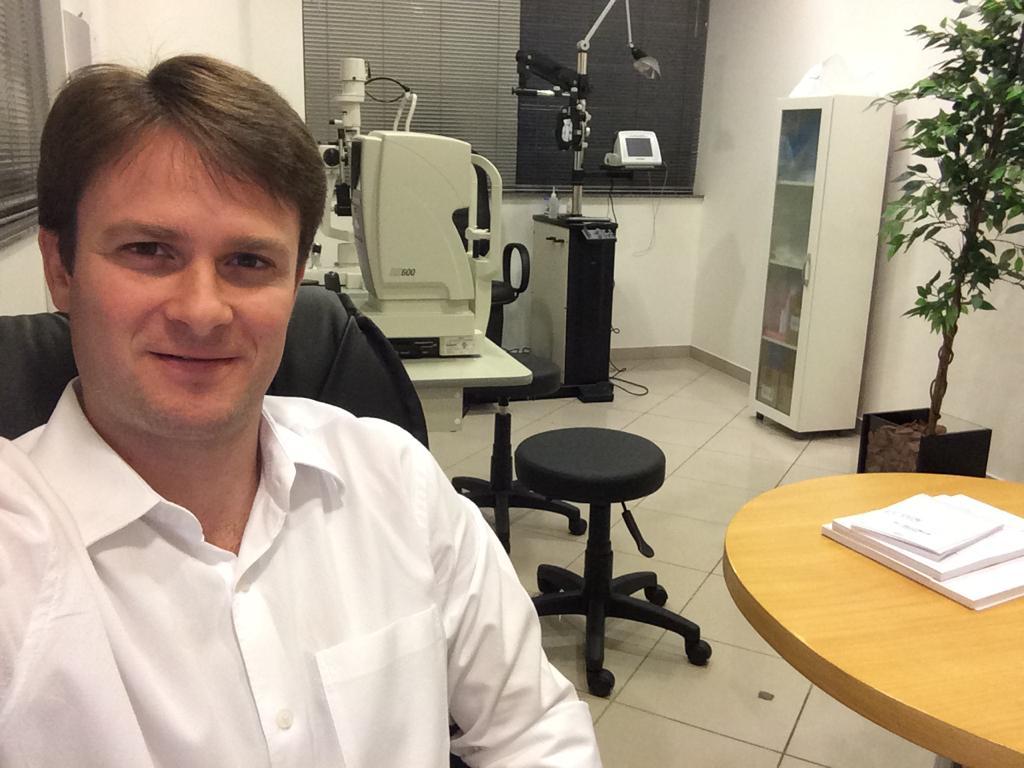 Dr. Daniel Kamlot